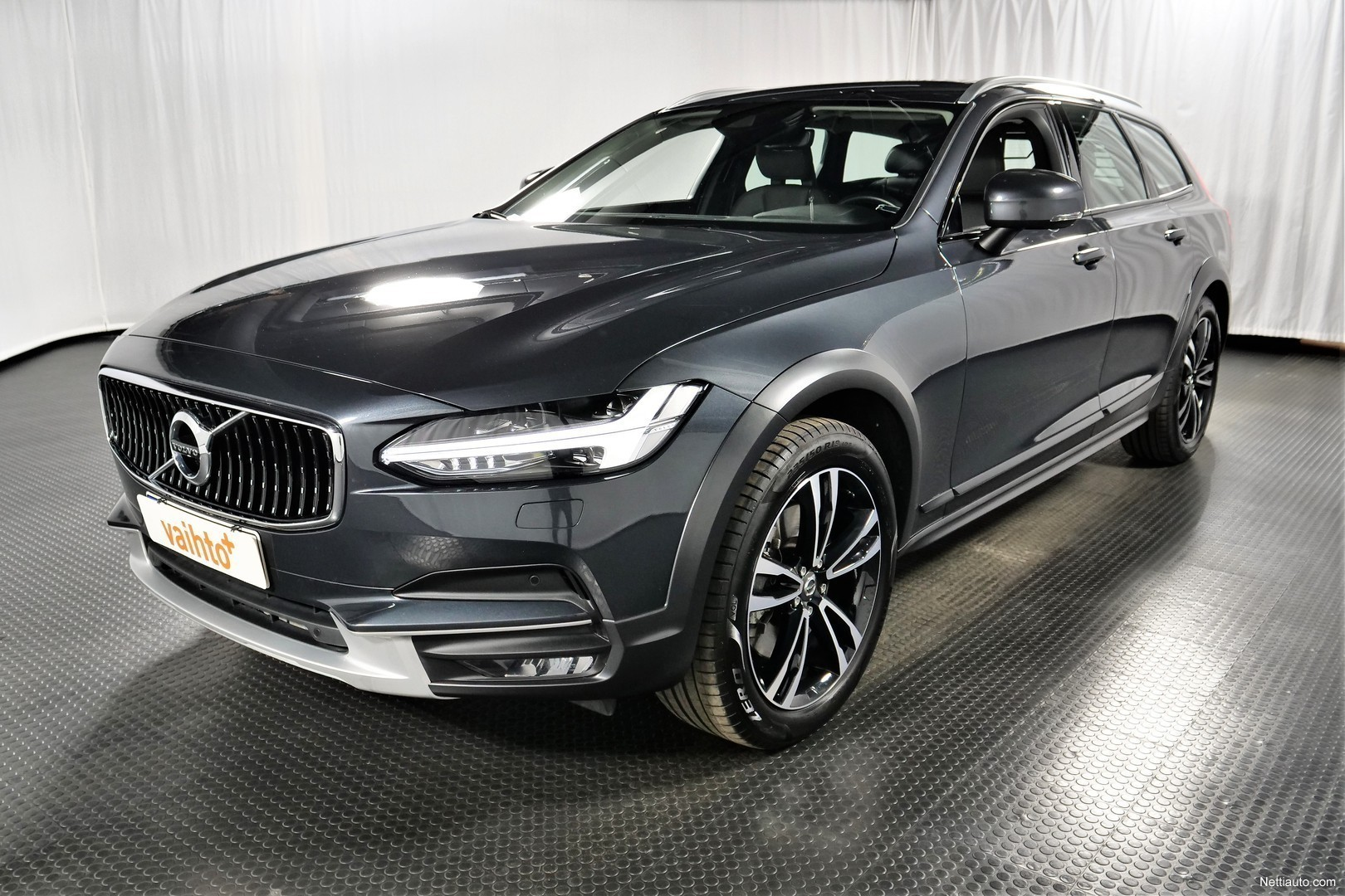 Volvo V90 Cross Country D5 AWD Business Pro A (MY18.1 ...