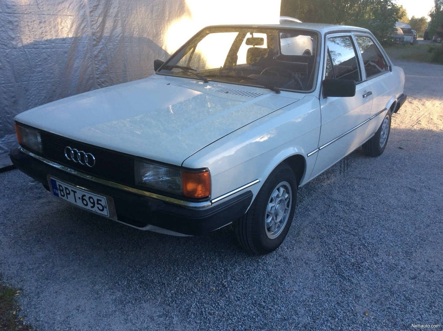 Audi 80 Museoajoneuvo Porrasperä 1981 - Vaihtoauto - Nettiauto