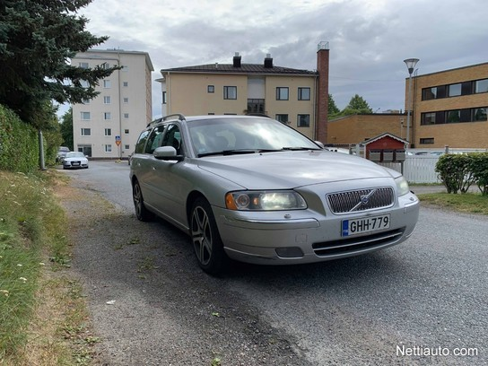 Volvo V70 2 4 Classic Tayd Huoltokirja Huippuvarusteet