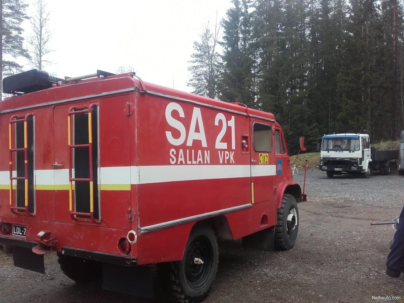 Mercedes-Benz Unimog Museokatsastettu paloauto Erillinen ...