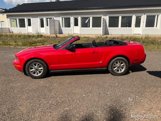 Ford Mustang V6 Manuaali