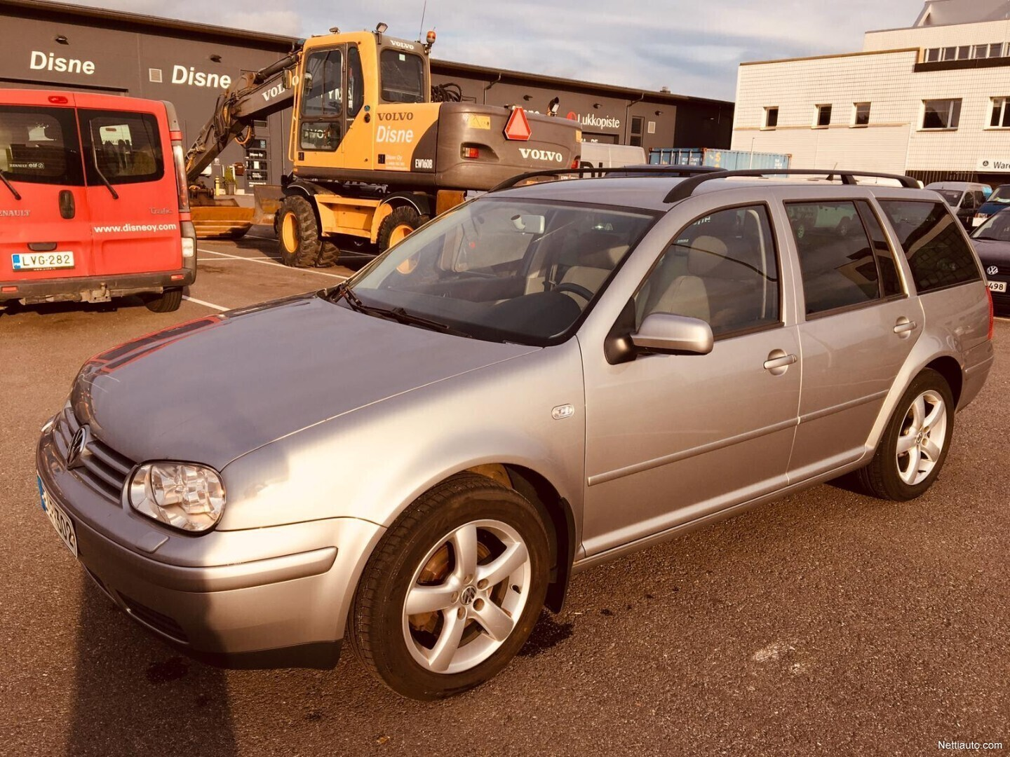 Hubcap Tire And Wheel >> Volkswagen Golf 1 6 Firstline Variant A