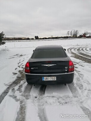 White Chrysler 300 >> Chrysler 300c 3 0 V6 Crd Business Sedan A
