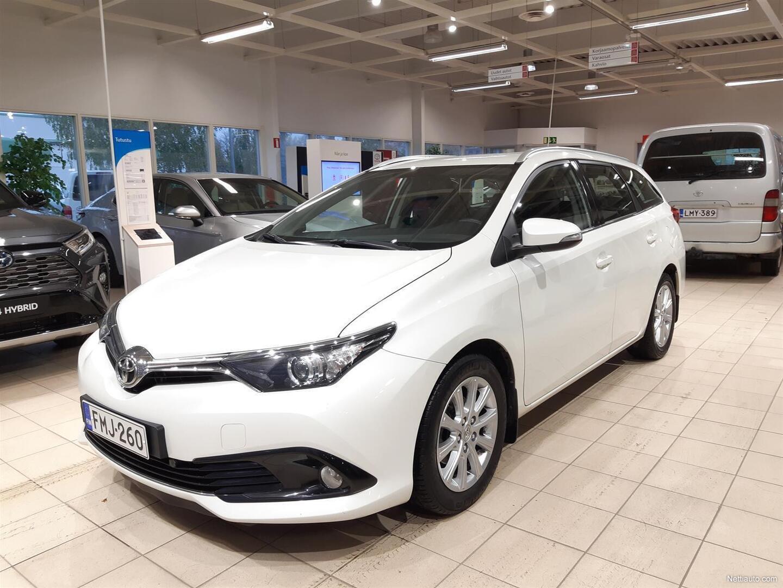 Toyota Auris Touring Sports 1,2 T Turbo Edition Multidrive S Helmiäisen valkoinen