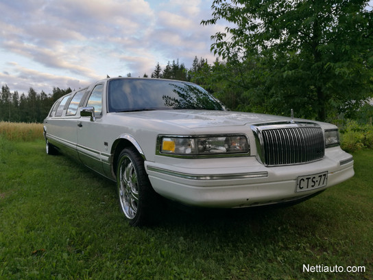 lincoln town car limousine 8 6m sedan 1994 used vehicle. Black Bedroom Furniture Sets. Home Design Ideas