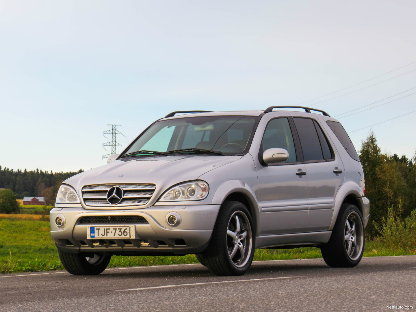 mercedes benz ml 55 amg ml55 amg facelift 4x4 2002 used vehicle nettiauto. Black Bedroom Furniture Sets. Home Design Ideas