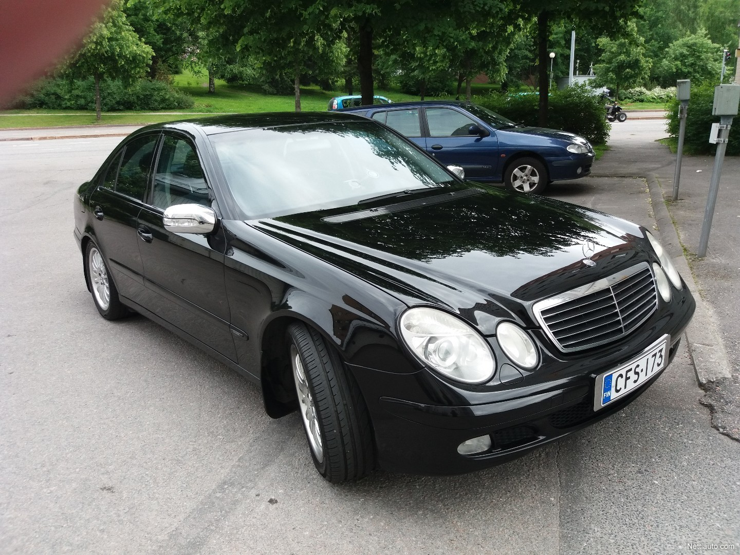 Mercedes benz e sedan 2003 used vehicle nettiauto for Mercedes benz remote start instructions
