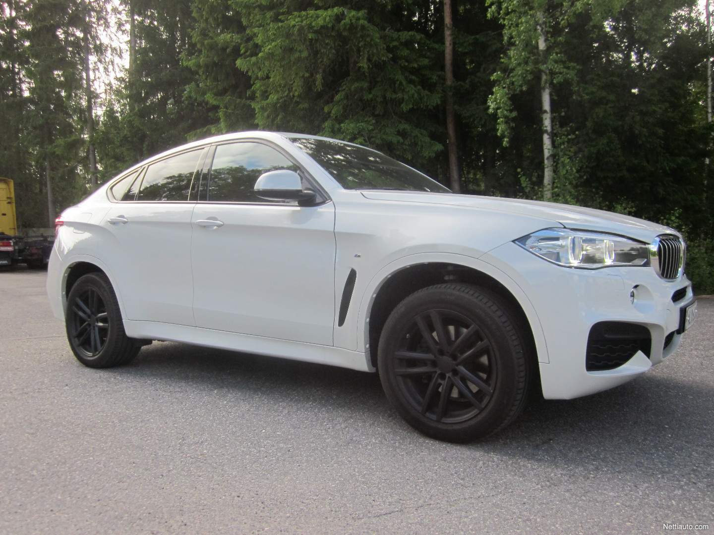 bmw x6 f16 xdrive40d twinpower turbo a x edition 4x4 2015 used vehicle nettiauto. Black Bedroom Furniture Sets. Home Design Ideas