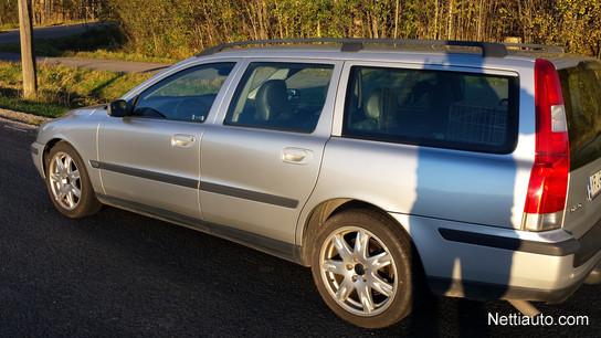 Used Volvo V70 cars in CT