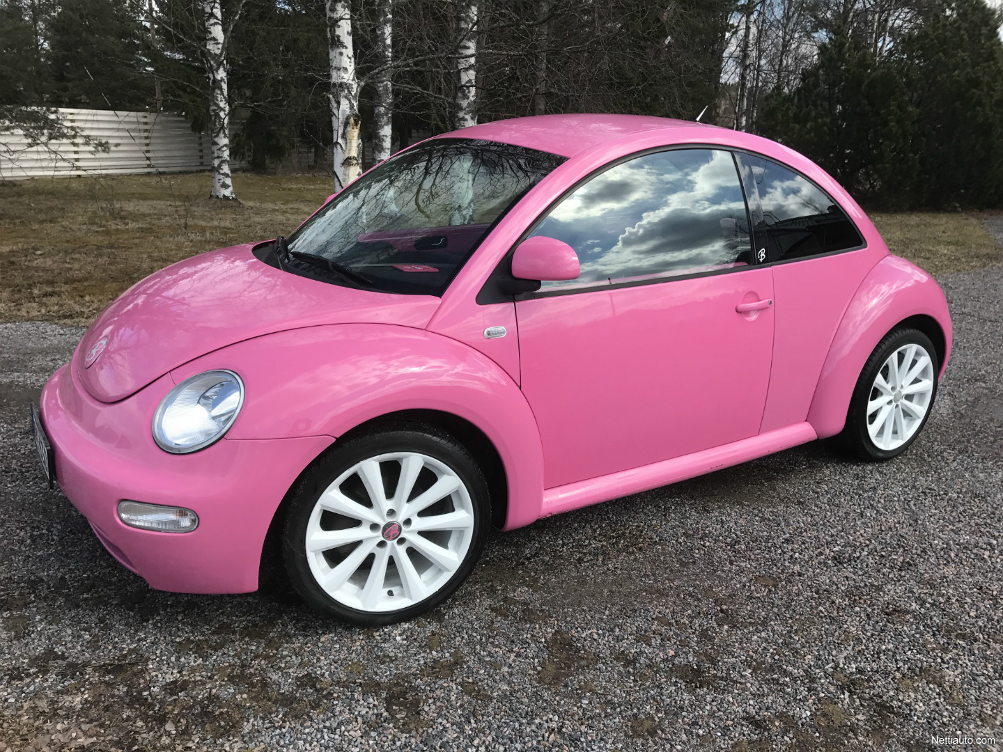 volkswagen new beetle pink barbie hatchback 2001 used. Black Bedroom Furniture Sets. Home Design Ideas