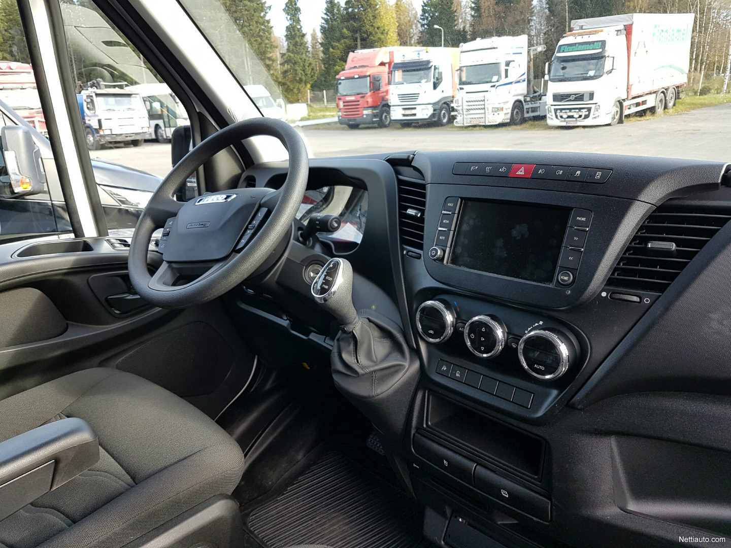 Iveco Daily 35S16A8 16m3 Long - Semihigh 2017 - Used vehicle - Nettiauto