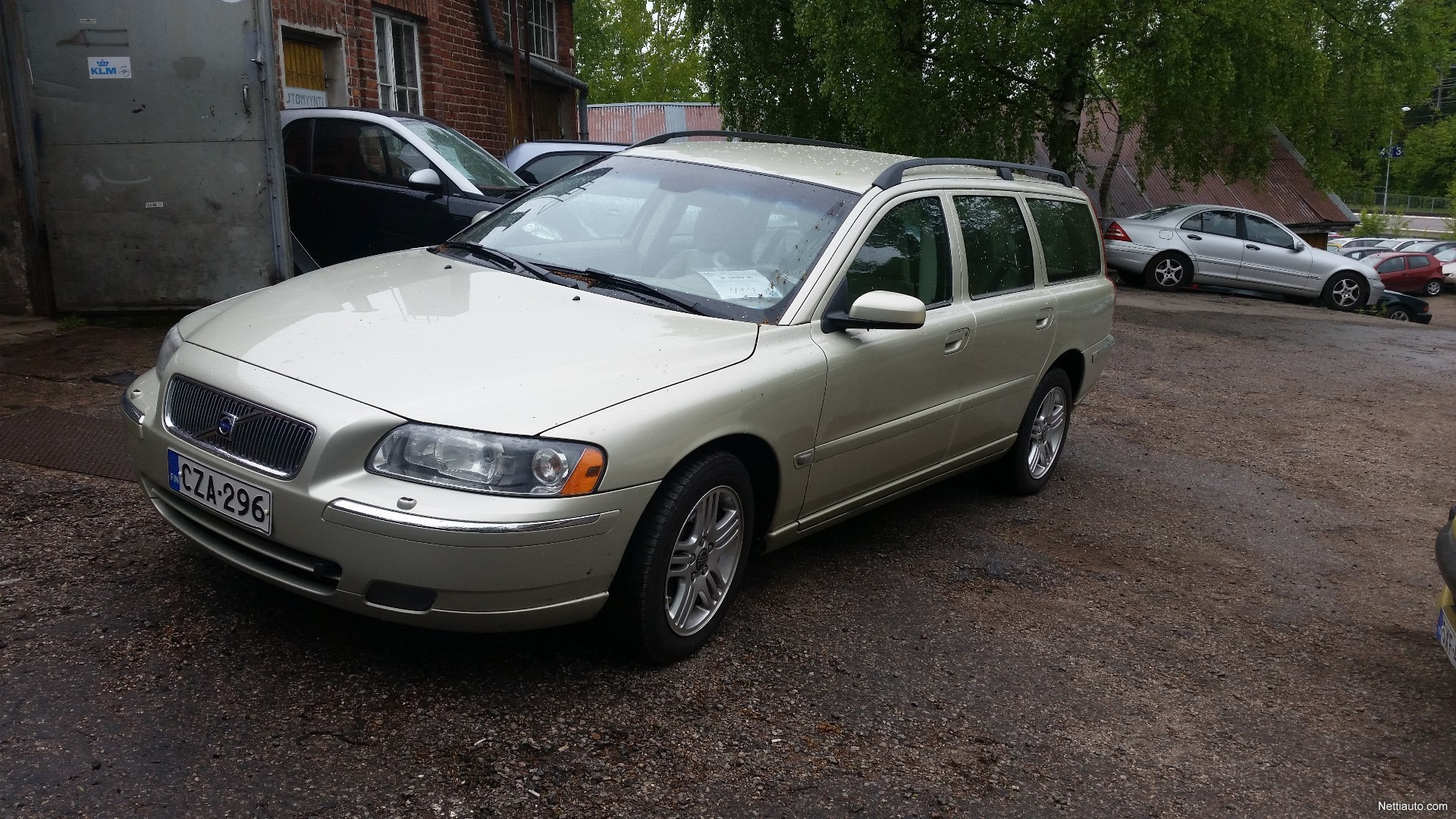 volvo v70 2 5 4wd automatic station wagon 2006 used vehicle nettiauto. Black Bedroom Furniture Sets. Home Design Ideas