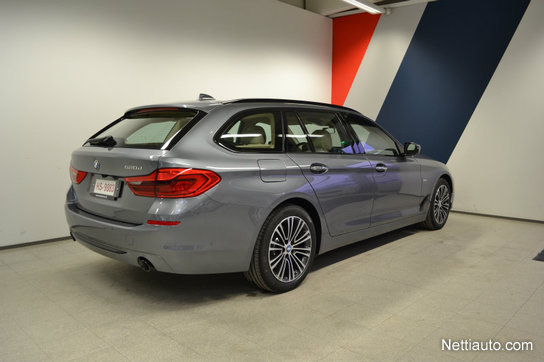 New Bmw 540i Saloon 2017 Review Pictures together with Bmw 5er M Performance Parts 540i Abu Dhabi Motors 12 also 2017 Bmw 5er Touring G31 540i Luxury Line Sophistograu Genf Live 26 moreover 2017 Bmw 5er Touring G31 540i Luxury Line Sophistograu Interieur Genf Live 10 likewise Bmw 5er M Performance Parts 540i Abu Dhabi Motors 8. on 2017 bmw 540i