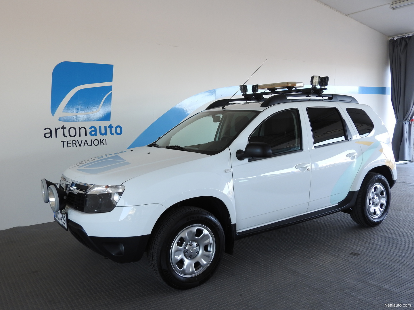 dacia duster 4wd 1 5 dci 109 laureate my12 4x4 2012 used vehicle nettiauto. Black Bedroom Furniture Sets. Home Design Ideas