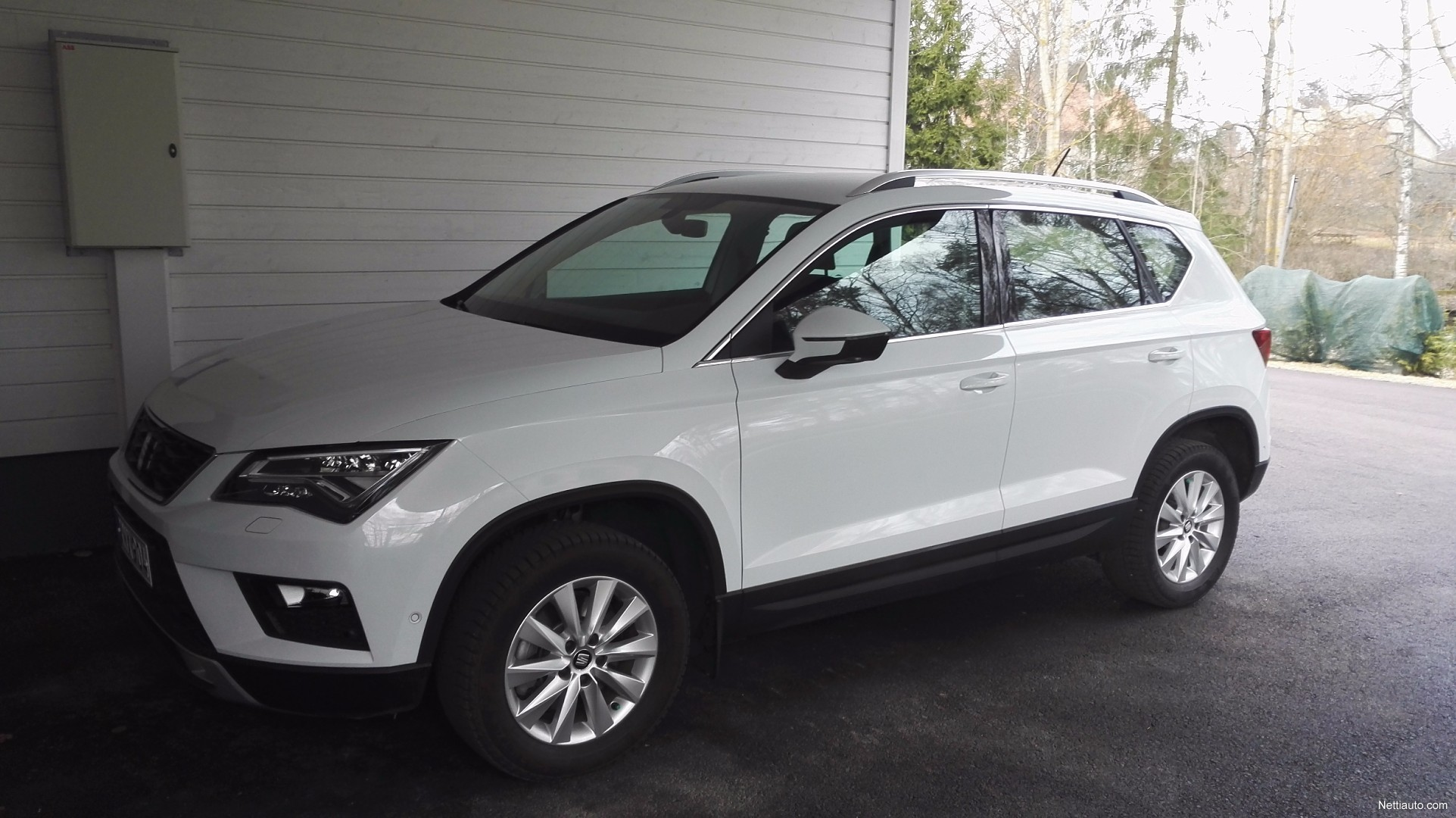 seat ateca 1 0 tsi 115 style 4x4 2016 used vehicle nettiauto. Black Bedroom Furniture Sets. Home Design Ideas