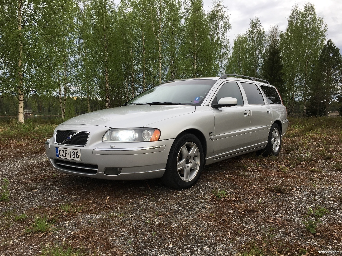 volvo v70 d5 summum sportswagon geartr station wagon 2006 used vehicle nettiauto. Black Bedroom Furniture Sets. Home Design Ideas