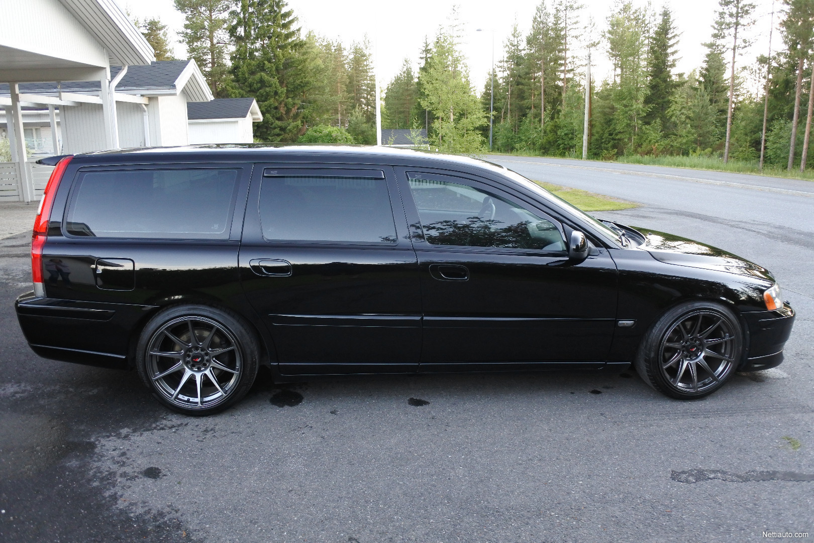 volvo v70 d5 sportswagon busin a station wagon 2002 used vehicle nettiauto. Black Bedroom Furniture Sets. Home Design Ideas