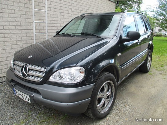 Mercedes benz ml 270 cdi 5d 4wd 4x4 2001 used vehicle for Mercedes benz 4wd