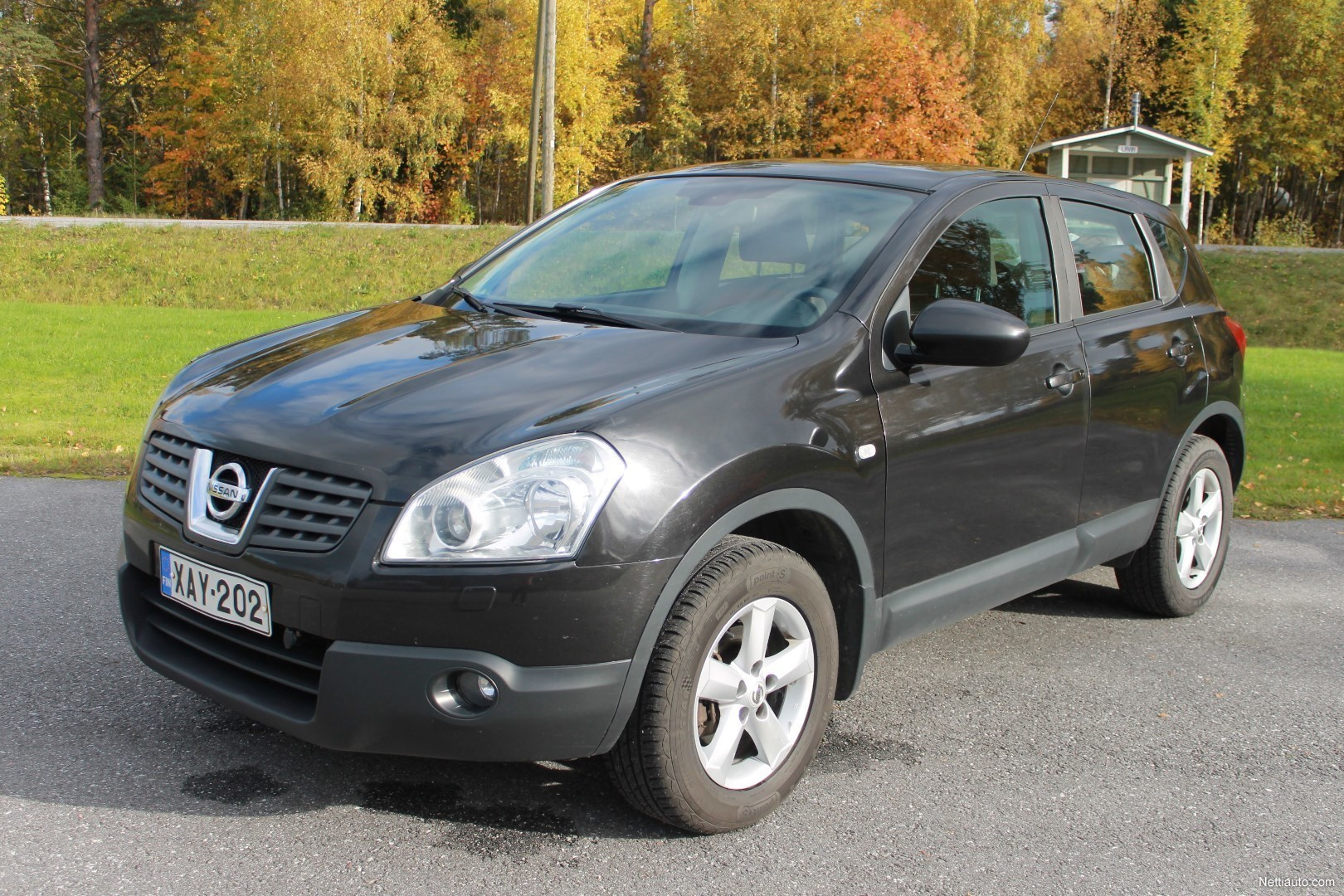 nissan qashqai 1 6 acenta 4x2 5 ov 4x4 2007 used vehicle. Black Bedroom Furniture Sets. Home Design Ideas