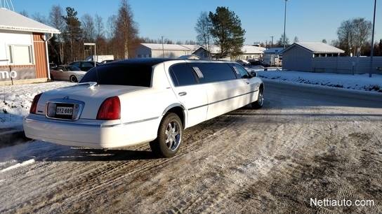 lincoln town car myyd n vuokrataan juuri katsastettu mpv 1997 used vehicle nettiauto. Black Bedroom Furniture Sets. Home Design Ideas