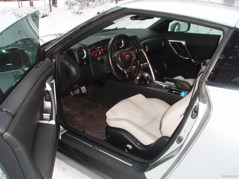 Nissan Gt R Suomi Auto 2 Omist T 228 Ys H Kirja Coup 233 2009