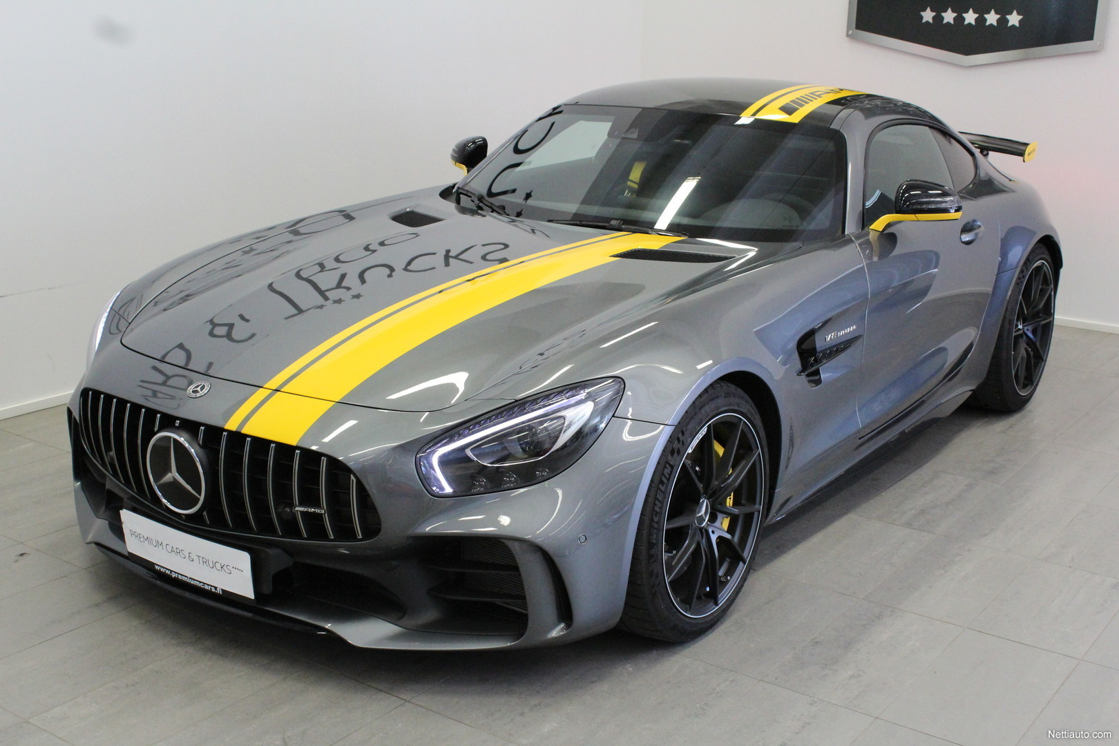 mercedes benz amg gt r amg gt r track edition coup 2018 used vehicle nettiauto. Black Bedroom Furniture Sets. Home Design Ideas