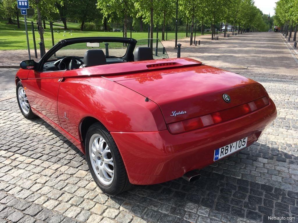 Alfa Romeo Spider 20 Cabriolet Convertible 2003 Used Previous Next