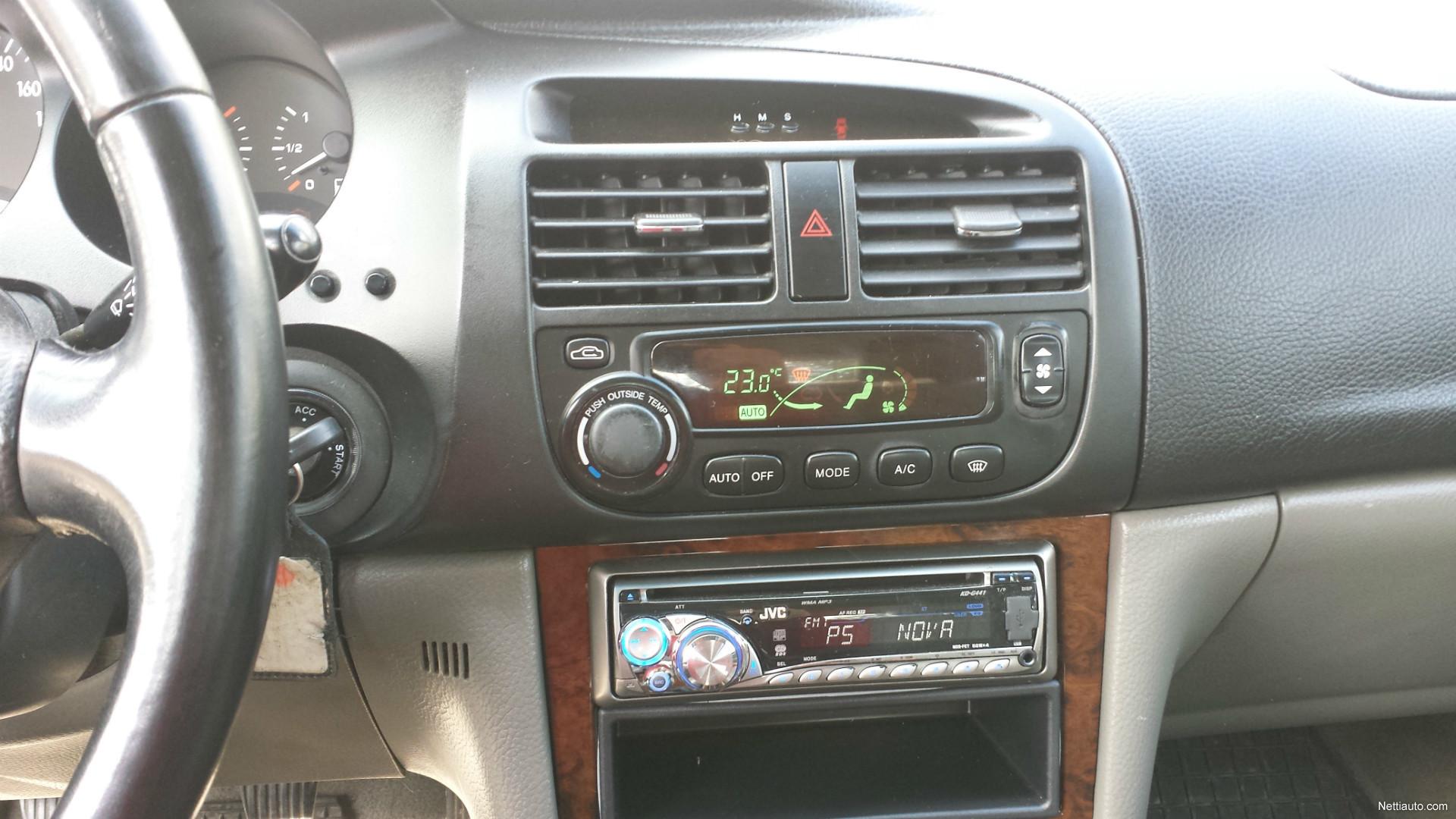 JVC auto Radio koukku ylös